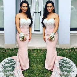 Barato Cintas De Vestido Rosa Claro-Sexy Spaghetti Straps Light Pink Mermaid Long Dresses de dama de honra 2017 Appliques de renda branca Sweetheart Maid of Honor Vestidos Party Party Party
