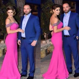 Barato Longos Vestidos De Dama De Honra Quentes-Hot Pink Off The Shoulder Bridesmaid Dresses Major Beading Sequins Long Mermaid Wedding Guest Dress Personalizado Maid Of Honor Bridal Gown