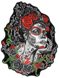 Detalles Chaqueta Baratos-8 * 10 pulgadas Sugar Lady Red Roses y Green Vibes Iron On Patch Motocicleta Biker Club MC chaleco chaqueta frontal Patch bordado detallado