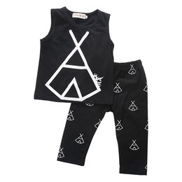 $enCountryForm.capitalKeyWord Canada - Baby Boys Clothes Toddler Casual Clothing Kids Tracksuit Newborn Girl Outfit Children Clothing Boy t shirt Black Pants boutique 2017 kid