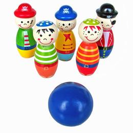 Vente en gros-5 pcs 2017 Vente Chaude de Haute Qualité Enfants Jouets En Bois Bowling Ball Skittle Drôle Forme pour Enfants Jeu