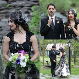 $enCountryForm.capitalKeyWord NZ - 2019 New Gothic Black and White Wedding Dresses V Neck Short Front Long Back Boho Garden Bridal Gown Hot Sale