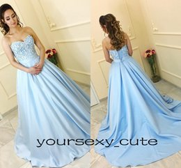 Robes De Bal Bleu Corset Pas Cher-Light Blue Ball Gown Robes de bal Sweetheart Satin Corset Lace Up Sweet 16 Robes Ball Gown Quinceanera Robes Robes formelles