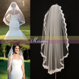 Barato Casamento Islâmico Branco-Árabe muçulmano islâmico Alencon Lace Veils Fingertip Comb One Layer Nupcial Supplies Ivory White Scallop Veil Wedding Bridal Accessories
