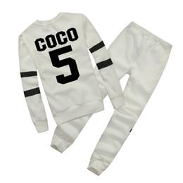 Caliente marca de Europa Otoño Invierno Moda Mujeres Suéter Jogger Chándal Deporte Fleece Sudadera con capucha Blusa Plus Pantalones Traje