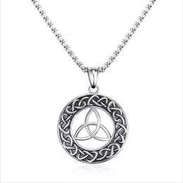 $enCountryForm.capitalKeyWord Canada - Mens Necklaces Stainless Steel Vintage Irish Celtics Trinity Love Knot Round Triquetra knot Pendant Necklace Jewelry PN-708