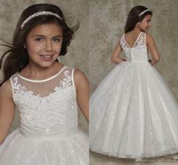 girls wearing backless dress 2019 - New Crew Neck Backless Flower Girl's Dresses Lace Appliques Cute Toddler Little Girl's Dresses Princess Button