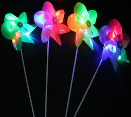 leaf toys NZ - Creative LED Flashing flash windmill colorful six-leaf gathering Christmas Toys Room Dress Up decoration YH357