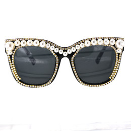 reflective coating glass NZ - New Cat Eye crystal pearl Sunglasses Women Luxury big pearls Decoration Reflective Coating Mirrors Shades UV400 Protection