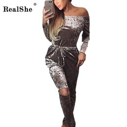 Barato Mulheres De Mamilos De Inverno-Wholesale- RealShe Winter Rompers For Women Vogue Brand velvet Designer Slash Neck Long Jumpsuit partido macacão 2017 macacão de moda
