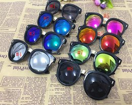 new stylish goggles UK - New Fashion Stylish Cool Boys Girls Sunglass fashion Anti UV Kids Sun glasses Plastic Frame children Goggles Free Shipping C821