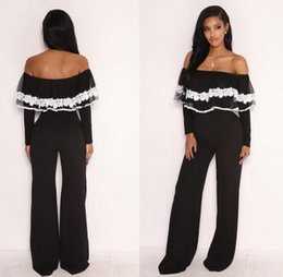 Barato Senhora Branca Sexy Quente-Sexy Off Shoulder Slash Neck Mulher macacões Hot Ladies White Lacy Ruffles Detalhes Long Sleeve Wide Legs Jumpsuits Full-length