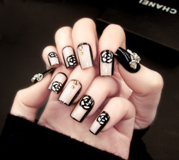 Discount patterned acrylic nail tips - 24 pieces of nail finished goods spot fashion fake nail patch pattern beads hit a color film