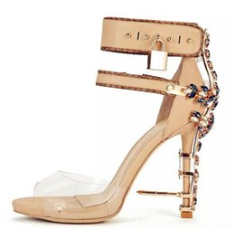Chaussures Habillées Cristaux Transparents Pas Cher-2017 Rihanna Sexy Crystal Rhinestone Sandals Brand High Heels Femmes Pompes Transparent Colorful Beaded Celebrity Party Robe S32