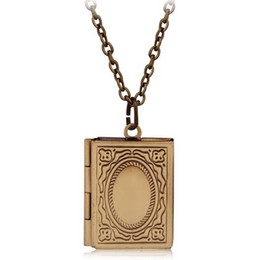 Chinese  Wholesale- Vintage Style Delicate Imitation Book Locket Necklace Secret Hiding Place Photo Locket Librarian Necklace Jewelry Photos Box manufacturers