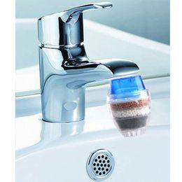 Vente en gros Accueil Outil Activated Purificateur d'eau carbone eau du robinet utilisation pour robinet de cuisine Robinet Filtre à eau gros