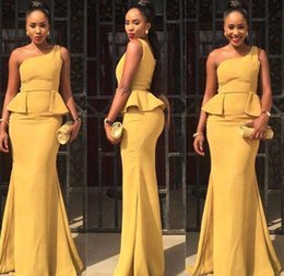 Robe D'une Épaule Pas Cher-Style africain 2017 Robes de demoiselle d'honneur Daffodil One Shoulder Mermaid Party Robes Sexy Peplum Long Wedding Robes habillées sur mesure