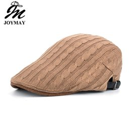 Barato Boinas, Ordem-Mixed Order Joymay 2017 New Arrival Winter Berets Caps para homens Casual Peaked Chapéus Casquette Cap Y038 frete grátis