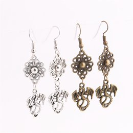 $enCountryForm.capitalKeyWord UK - 12pcs lot Metal Alloy Zinc Flower Connector Dragon Pendant Charm Drop Earing Diy Jewelry Making C0700
