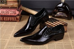 Discount flat shoes korean styles - High Quality Men Pointed Toe Leather Dress Shoes Black Groom Wedding Formal Shoes Korean Style Genuine Leather Men Oxfor