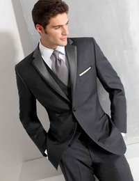 Veste De Pantalons Noir Bon Marché Pas Cher-Vente en gros - Custom Made Peaked Lapel Groom Tuxedos Wedding Party Groomsman Suit Cheap Single Breasted gris noir bleu (Veste + Pantalons + Cravate + Veste)