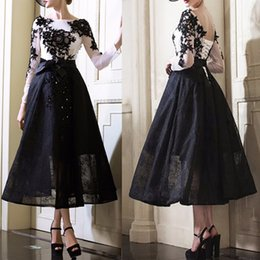 Backless Scoop Prom Dresses Canada - Fashion Black Lace Short Prom Party Dress Sexy Lace Up Backless Appliques Tulle Long Sleeve Robe De Soiree 2017 Formal Prom Dresses
