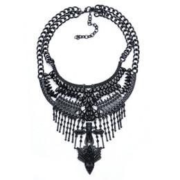Großhandel Neue heiße Choker Aussage Halsketten Gold Farbe Quaste Anhänger Collier Femme Gem Choker Große Vintage Maxi Chunky Halskette Großhandel