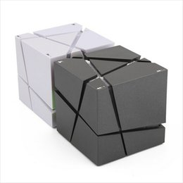Building speaker Boxes online shopping - Qone EDGE Portable Mini Bluetooth Speaker with LED Light Built in mAh Battery Stereo Sound Box Mp3 Player Subwoofer Speakers