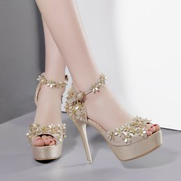 $enCountryForm.capitalKeyWord NZ - Flower Godness Bride Wedding Shoes Sexy High Heel Ankle Strap Platform Pumps Gold Silver Size 34 to 39