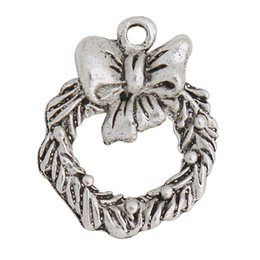 vintage metal necklaces UK - Wholesale Vintage Tibetan Silver Alloy Christmas Wreath Metal Bowknot Charms For Earrings Necklaces Making 16*20mm 100pcs lot AAC1308