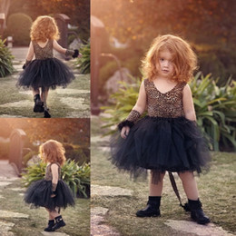 Barato Vestidos Casuais 11-Little Black Sexy Flower Girl Vestidos para casamento Leopard Pattern Vestido de baile Tulle Girls Casual Wear Length do joelho