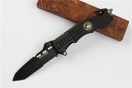 Tactical Defense Gear Australia - Cold steel Tactical folding knife steel blade camping knife Survival gear hunting knives for men folding knives with retail box