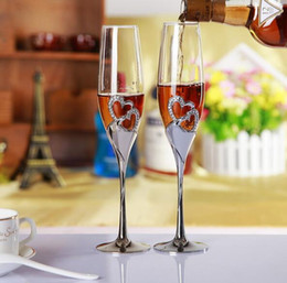 $enCountryForm.capitalKeyWord NZ - 2 PCS  Set Wedding Champagne Crystal Silver Plated Toasting Flutes Long Wine Glasses Cup Diamond Ring for Party Decoration Gift