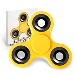 $enCountryForm.capitalKeyWord Canada - Factory Sale Triangle Plastic Fidget Spinner Hand Spinners Decompression Toy Novelty & Gag Toys For Kids Adults With Retail Box