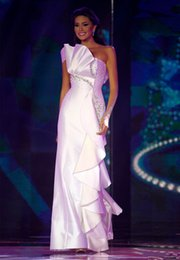 Perle Perlée D'une Robe À L'épaule Pas Cher-Elegant 2014 Miss Universe Pageant Robes Colonne une épaule Backless Ruffles perles perles Long Satin Party robes de bal
