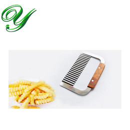 fruits dicer cutter Canada - Curly Spiral French Fry Potato Chips Cutter Crinkle Knife stainless steel Fruit Vegetable Cutting Tool wood handle slicer dicer pasta maker