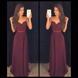 94910b0253b2 Simple Burgundy Christmas Party Prom Dresses Sweetheart Pleated Sleeveless  Long vestido de formatura longo 2017 Custom Gowns