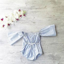 Combinaison Blanche Blanche Pas Cher-2017 Summer New Style Baby Girl Overalls Blue White Stripe Cotton Loose Mode Summer Jumpsuits Vêtements pour enfants 1-5Y 1782