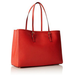 Chinese  2017 New Ladies Genuine Leather Handbag and vintage postman handbag Shoulder bag Bucket bag Free shipping manufacturers