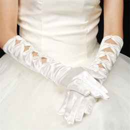 Wedding Dress Finger Glove NZ - New Arrival Finger Bridal Gloves Elegant Fashion White Ivory Wedding Accessories Romantic princess Wedding Gloves for Wedding Dress