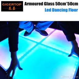 Venta al por mayor de Descuento precio 50cmx50cm vidrio blindado led piso de baile cristal templado helado IP65 interior / exterior RGB Leds DMX / Auto / sonido ex fábrica precio