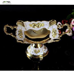 Wholesale New Shiny Golden Plated Fruit Dish With Handle Dessert Plate Sweet Dishes Epoxy Fruit Rack Plates For Wedding Or Party X7 CM WD