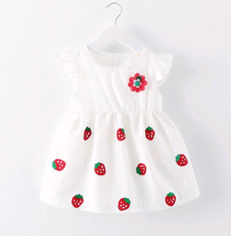 $enCountryForm.capitalKeyWord Canada - Hot Selling Summer Princess Dress Baby Girl White Strawberry Applique a flower Japanese baby kids skirt 0-3 years