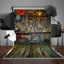 $enCountryForm.capitalKeyWord NZ - 5x7ft(150x220cm) Vintage Iron Wrench Photography Backgrounds Lighting Green Wood Floor Backdrop Wrinkles Free