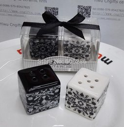 Damask Party Decorations NZ - Free Shipping Damask Salt & Pepper Shaker Wedding Favors And Gifts For Guests Souvenirs Decoration Event & Party Supplies