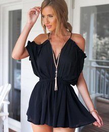 Barato Shorts Preto Suspensórios-New Summer Lady's Suspender Short Jumpsuits Sexy Deep V Neck Off Shoulder Backless Overalls Lady's Shorts Jumpsuit Preto Branco