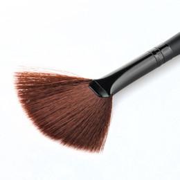 Hair Fans UK - Wholesale-ColorWomenpcs 1 PC Fan Shape Goat Hair Blusher Face Powder Foundation Cosmetic Makeup Brush 160727