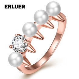$enCountryForm.capitalKeyWord Canada - Fashion Pearl Rings For Women girl Wedding Engagement Party Rose Gold Plated Crystal Rhinestone Finger Ring Christmas gift Wholesale Jewelry