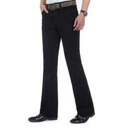 Venta al por mayor- Envío gratuito de alta calidad Nuevos hombres de la  llegada Pantalones vaqueros pantalones de corte de bota delgados de la  parte ... 1c0be699c2d