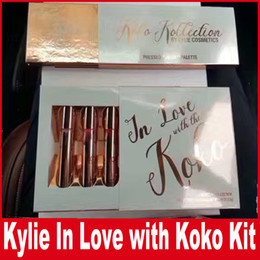 Barato Eyeshadow Lipgloss Blush-KOKO Kollection 2 Koko Highlighter Blush Eyeshadow Palette Lipgloss 4Pcs Kit In Love Com Kylie Creme Liquid Lipstick Kit by Kylie Cosmetic